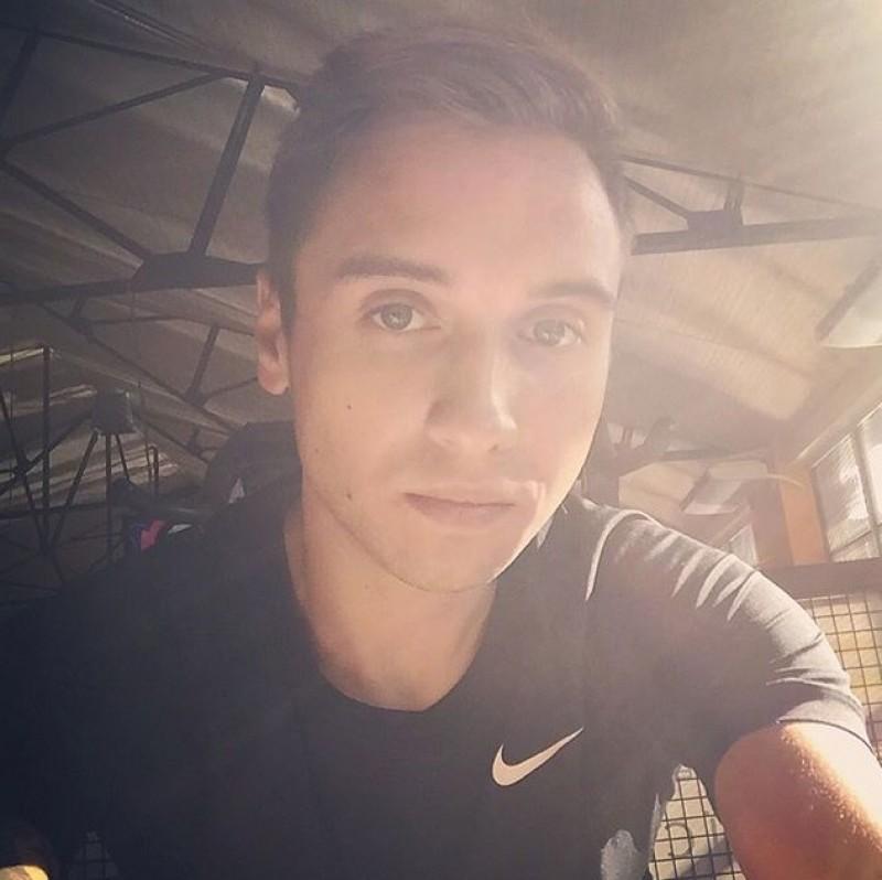 Max94 (23 ans, Lyon)