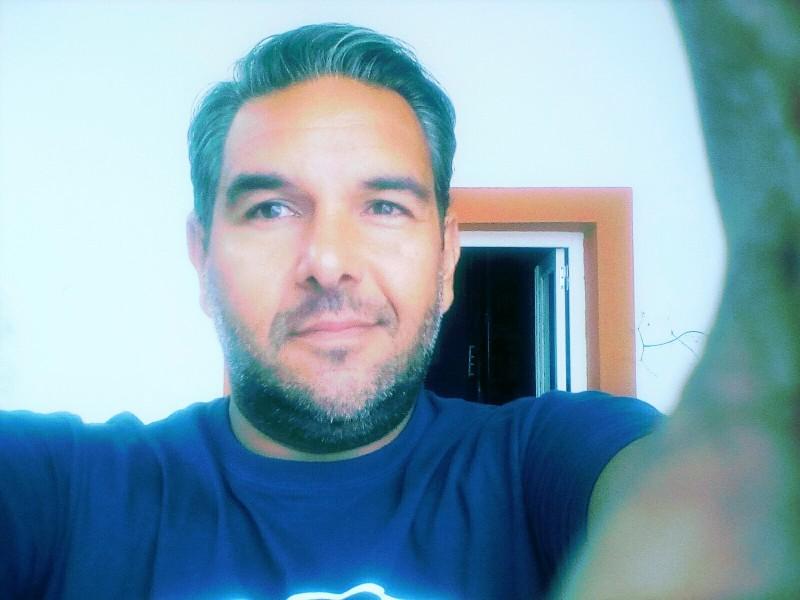 Pierrick (43 ans, Antibes)