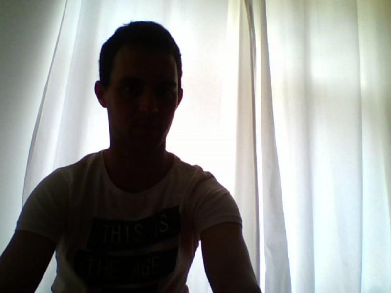Antonin (29 ans, La Courneuve)
